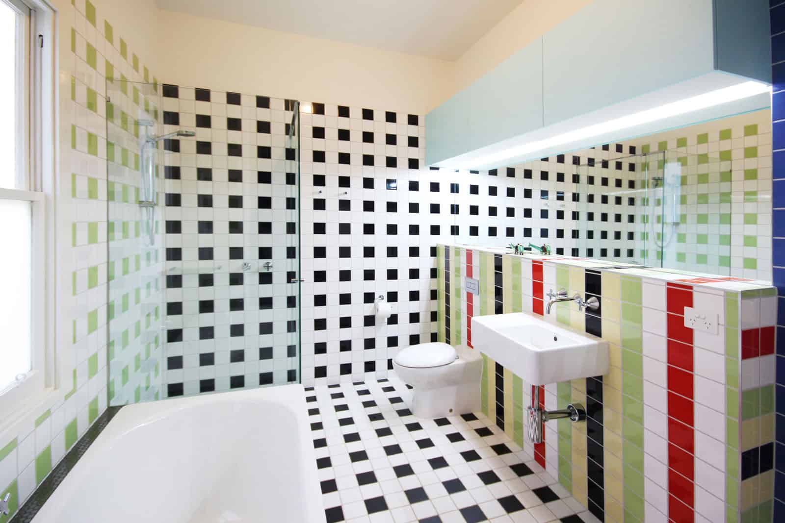 bathroom tiles johnson