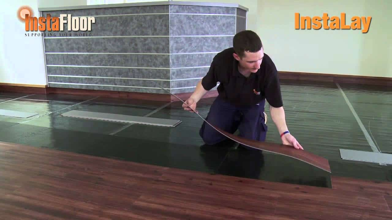 self adhesive vinyl tiles interior design1