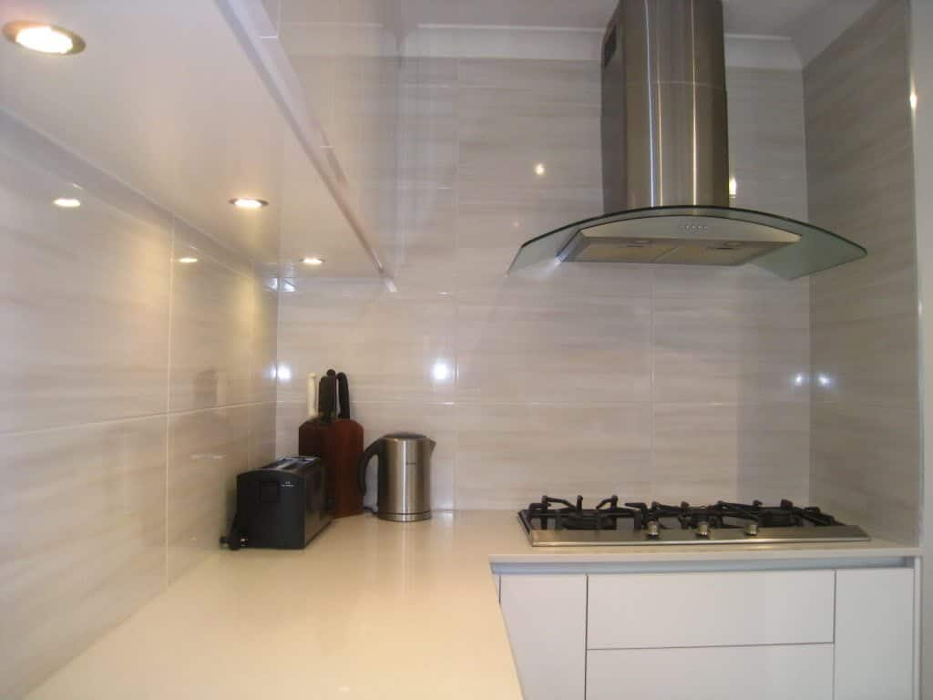 Splashback tiles example contemporary tile design ideas Splashback tiles kitchen ideas
